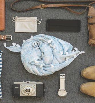 Conjunto con calzado marrón