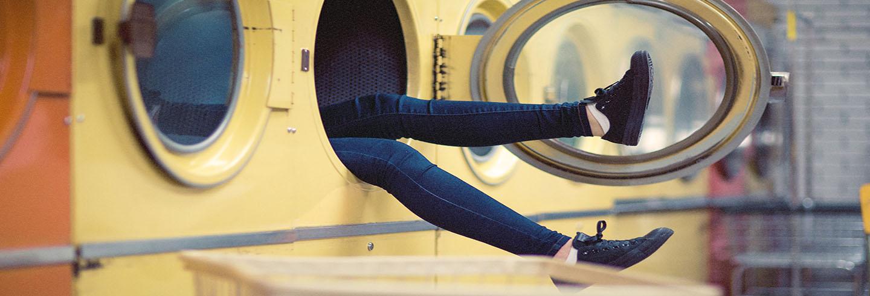 Lavar zapatillas en la lavadora for Lavar cortinas en lavadora